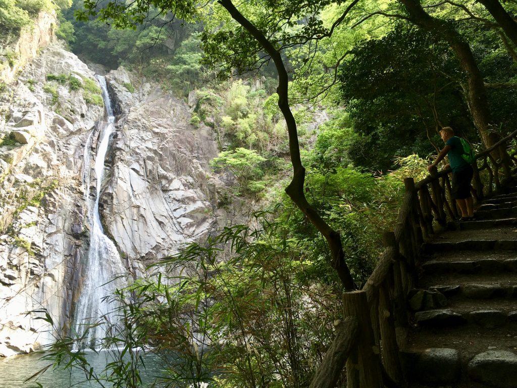 kobe-nunobiki-waterfalls